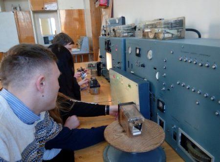 Використання мікропроцесорного стенду дослідження параметрів електромагнітних реле
