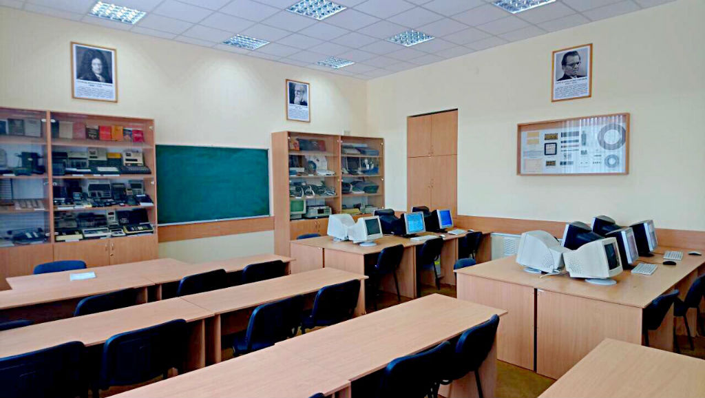 Комп'ютерний клас (ауд. 2.206)