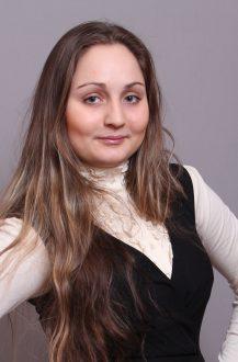 ЗВЄРЄВА Аліна Сергіївна