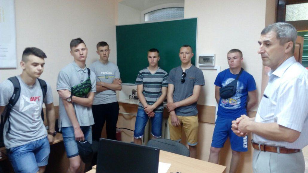 Проведено профорієнтаційну екскурсію учням вищих професійних залізничних училищ м.Здолбунів та м.Лиман.